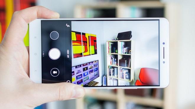 Камера 16 Mpx обеспечивает хорошее качество снимков
